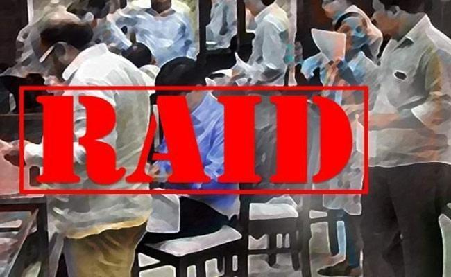 Vigilance Officials Raids On Hospitals In Andhra Pradesh - Sakshi