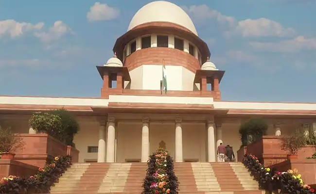 Centre Loses Supreme Court Case Over Supplying More Oxygen To Karnataka - Sakshi