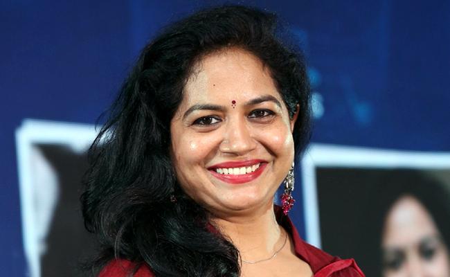 Singer Sunitha Emotional Video About Present Situation On Instagram - Sakshi