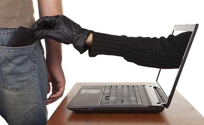 Three  Arrested From Hyderabad For Online Investment Cheating - Sakshi