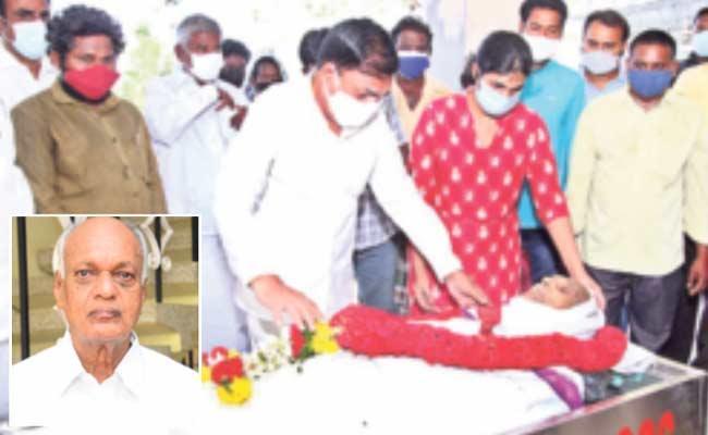 MLA Kakani Govardhan reddy Father Ramana Reddy Passed Away - Sakshi