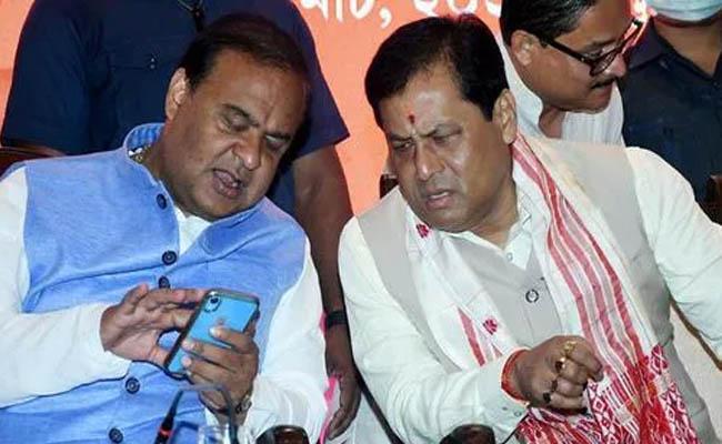 BJP Holds Meetings With Himanta Sarma, Sarbananda Sonowal In Assam Tussle - Sakshi