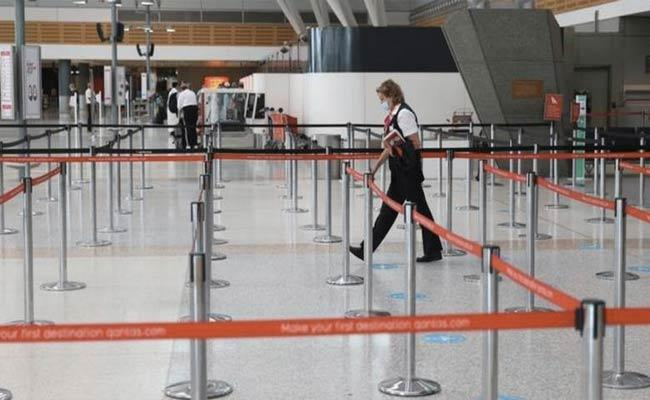 India Covid Crisis: Australia To Start Repatriation Flights In Mid-May - Sakshi