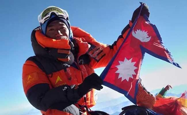 Nepali Guide Breaks Own Record By Climbing Everest 25 Times - Sakshi