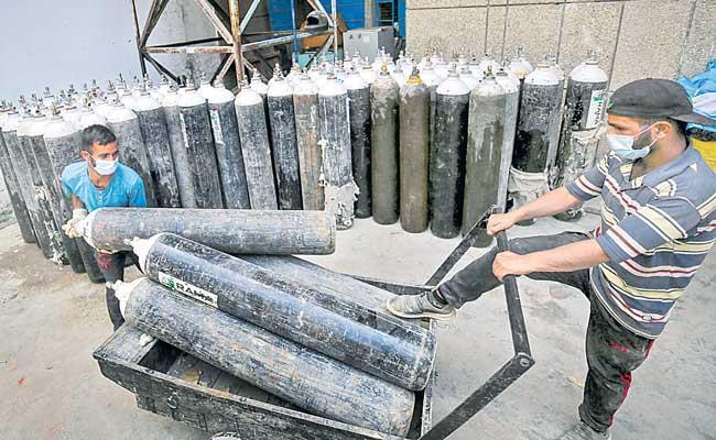 Supreme Court forms National Task Force for transparent oxygen allocation - Sakshi