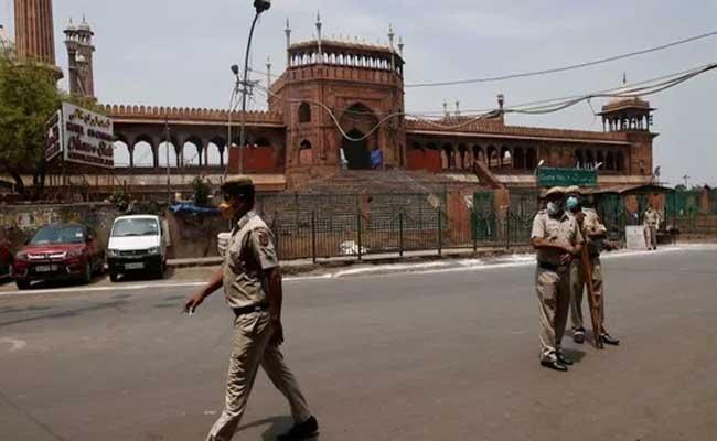 Covid 19 Cases Are Increasing In Delhi Lockdown Implemented - Sakshi