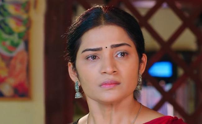 Devatha Serial : Kamala Gets Depressed When Kanakam Insults Her - Sakshi