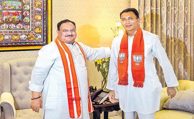 Jitin Prasada Swaps Congress For BJP Ahead Of UP Election - Sakshi