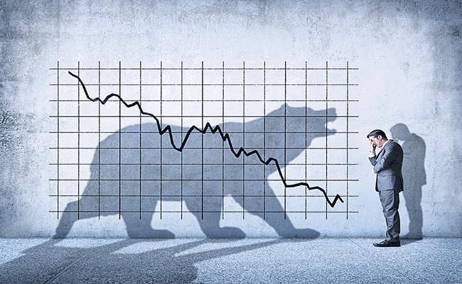 Sensex dives 333 points, Nifty holds above 15,600 points - Sakshi