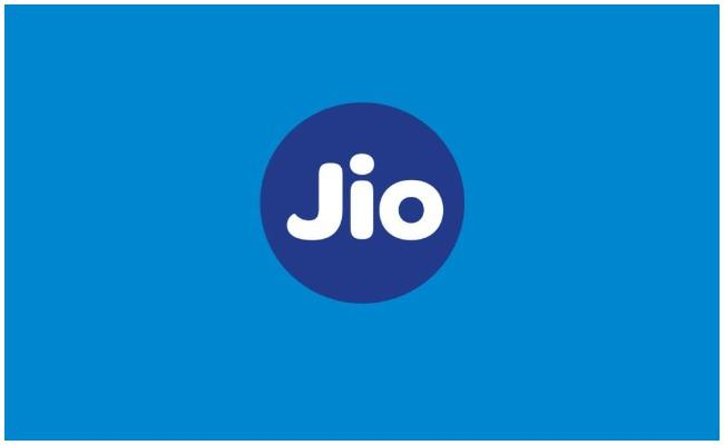 Jio Chatbot Launch For Recharge Through Whatsapp - Sakshi