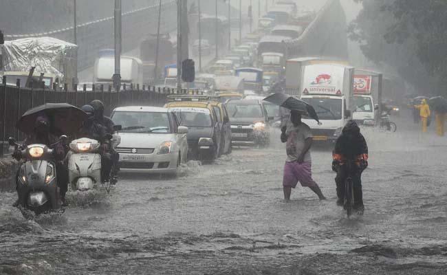 Heavy Rain Alert For Telangana From 11 To 12 - Sakshi