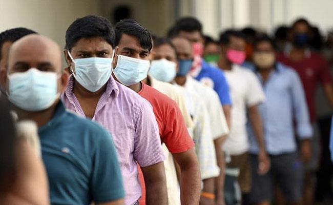 Wearing Mask Becoming Problem Says Dental Specialist Doctor Chandrakanth - Sakshi