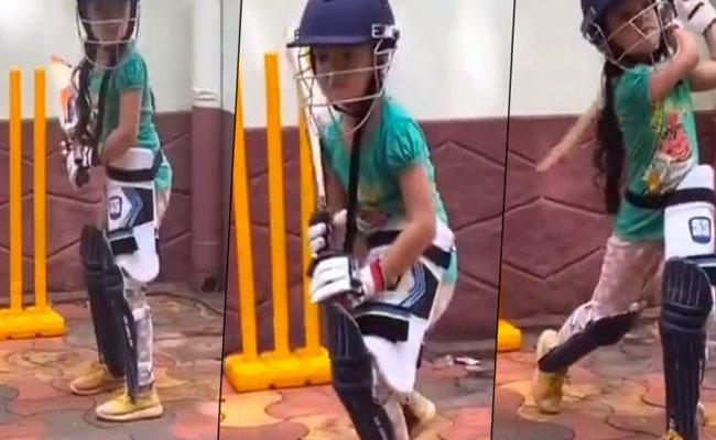 Future superstar: Anand Mahindratweet went viral - Sakshi