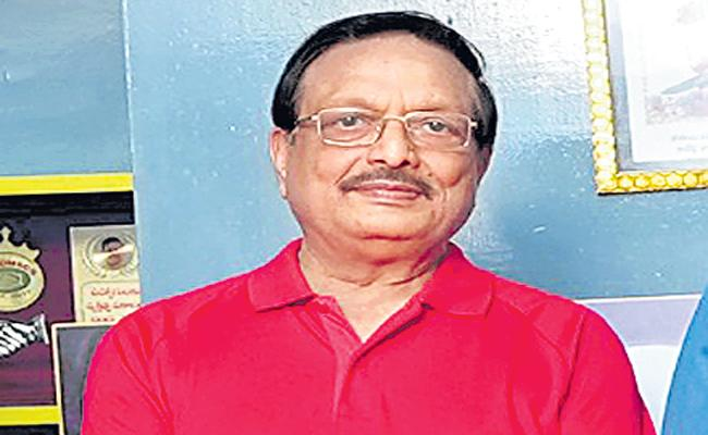 Yandamuri Veerendranath About Nallanchu Tella Cheera Movie - Sakshi
