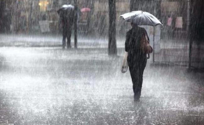 Heavy Rains In Andhra Pradesh for today and tomorrow - Sakshi