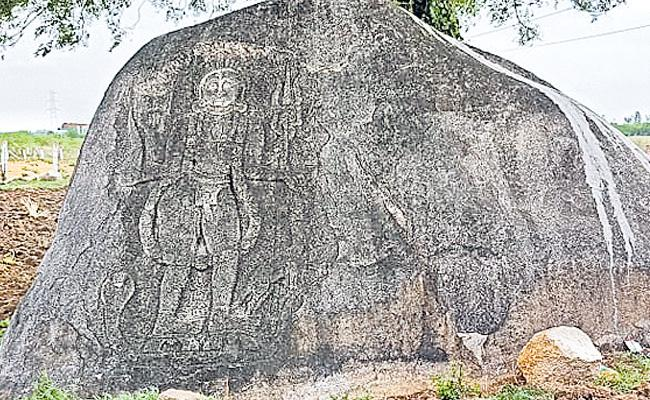 Lajja Gauri Sculpture Found At Cherial Siddipet District - Sakshi