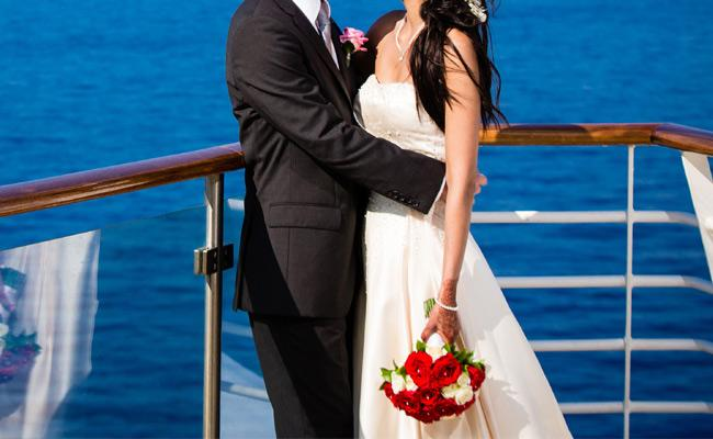 Cruise Wedding Is Latest Trend In Indian Marriages  Which Is Second Largest Wedding Industry After America - Sakshi