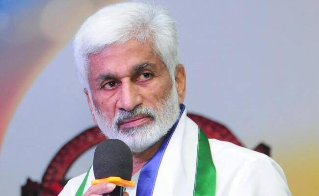 Mp Vijayasai Reddy Fires On Ashok Gajapathi Raju - Sakshi