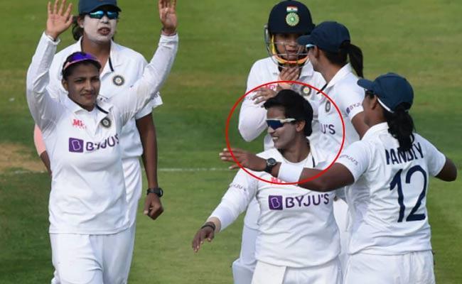 Deepthi Sharma DRS Out In ODI And Test Only England Nat Sciver - Sakshi
