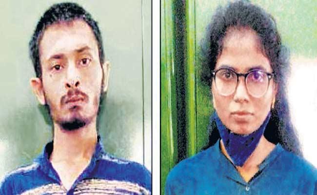 Engineering Graduates Caught For Selling Ganja In Bengaluru - Sakshi