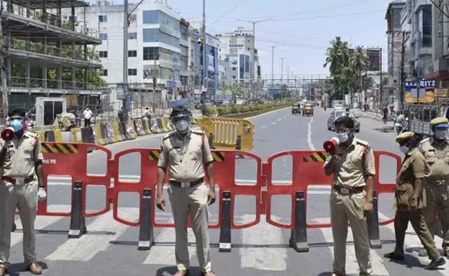 Andhra Pradesh Give Relaxation In Curfew Timings - Sakshi