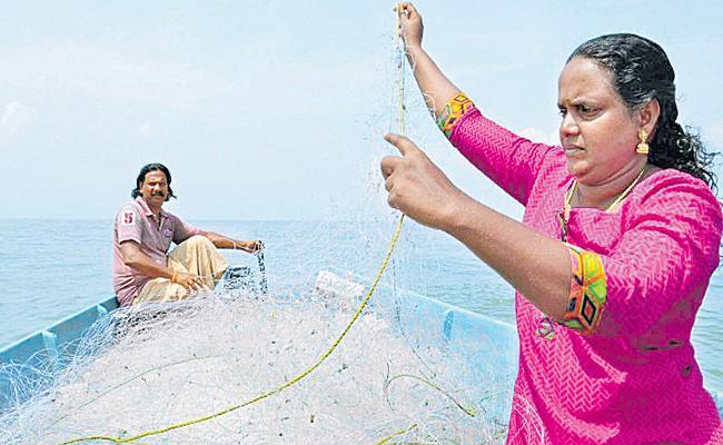 Rekha Karthikeyan First deep-sea fisherwoman  - Sakshi