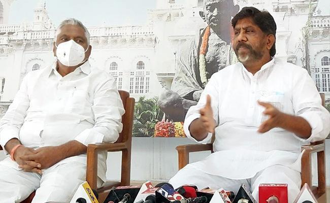 Bhatti Vikramarka Mallu Urges Rahul Gandhi To Be Congress Party Chief - Sakshi