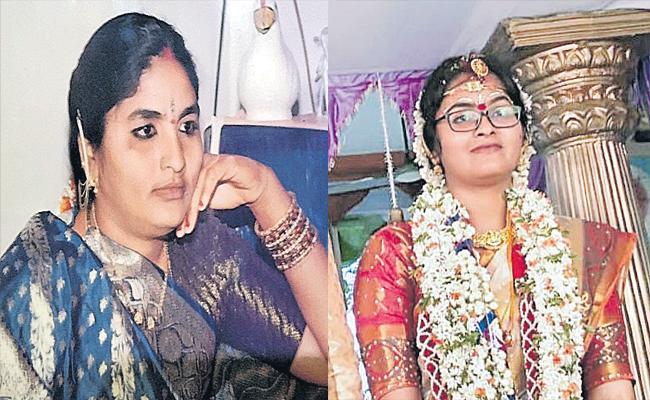 Woman, Daughter Found Deceased In Mancherial  District - Sakshi