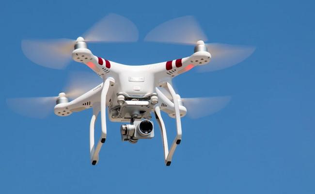 Dunzo Set To Pilot Drone Delivery Of Medicines  Vaccines At Hyderabad In Telangana - Sakshi