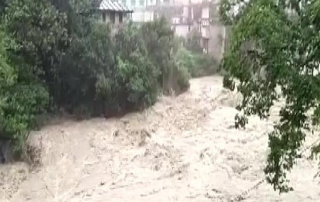 Heavy Rains In Uttarakhand And Rivers Flowing Above Danger Level - Sakshi