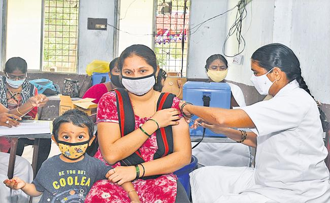 AP To Administer 8 Lakh Vaccines Today - Sakshi