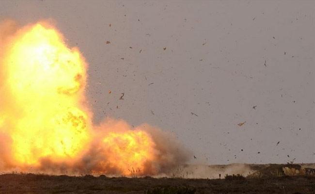 Petro Bomb Attack On SI House In Tamilnadu - Sakshi