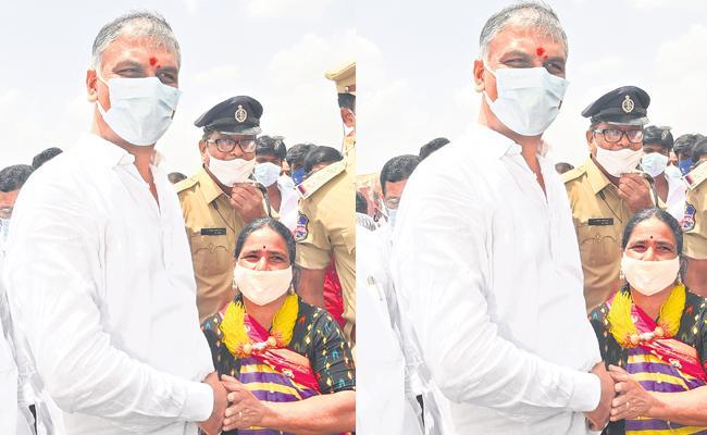 Minister T HarishRao Emotional In NarayanaKhed - Sakshi