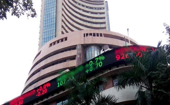 Sensex Ends Flat With Positive Bias, Nifty Closes at 15772 - Sakshi