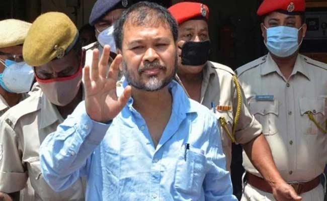 Akhil Gogoi Says CM Himanta Biswa Sarma Conspiring To Keep Me Behind Bars - Sakshi