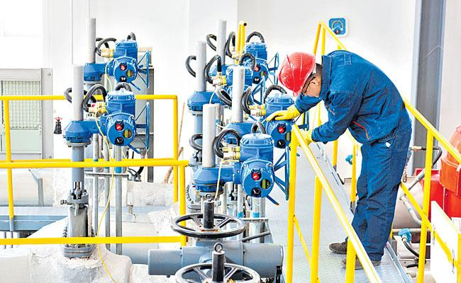 Petroleum Engineering: Career Scope, Jobs, Salary, Campus Offers - Sakshi
