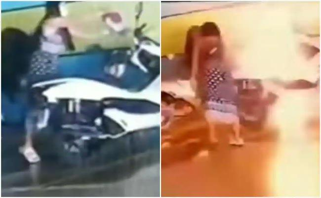 Thailand Woman Sets Ex Boyfriend Rs 23 Lakh Bike on Fire, Here Is The Reason - Sakshi
