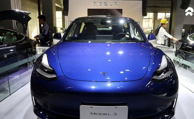 Tesla To Recall Electric Cars In China Due To Faulty Software - Sakshi