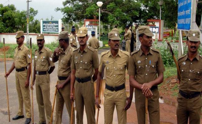 Tamil Nadu CBCID Declared Police Officers Kidnap Industrialist - Sakshi