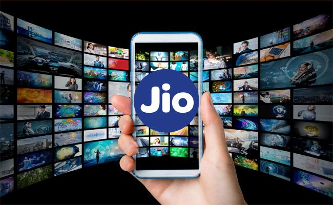 Jio Introduced Daily 3 GB Data Annual Plan To Targeting OTT Users - Sakshi
