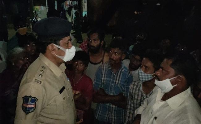 Old Man Physically Assault Girl In Warangal - Sakshi