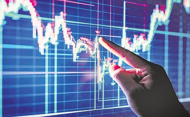Sensex falls 85 points, Nifty closes flat and rupee falls - Sakshi