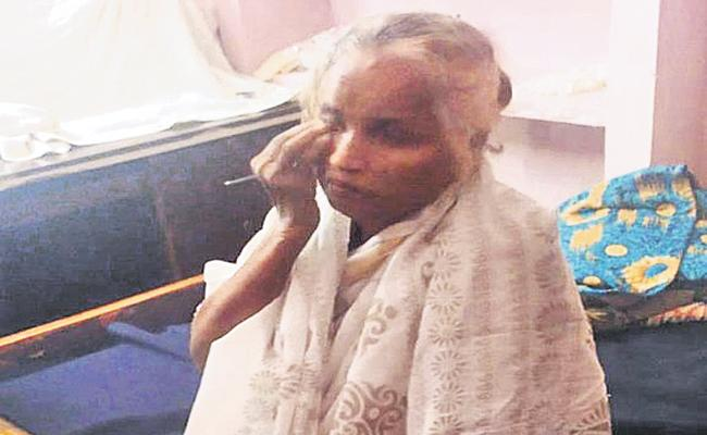 Women was alive but people thought she was deceased with Covid - Sakshi