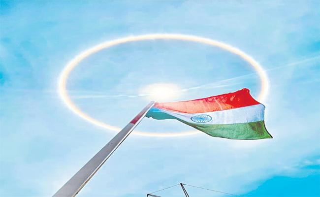 Sun Halo Formed In Telangana How It Is Formed - Sakshi