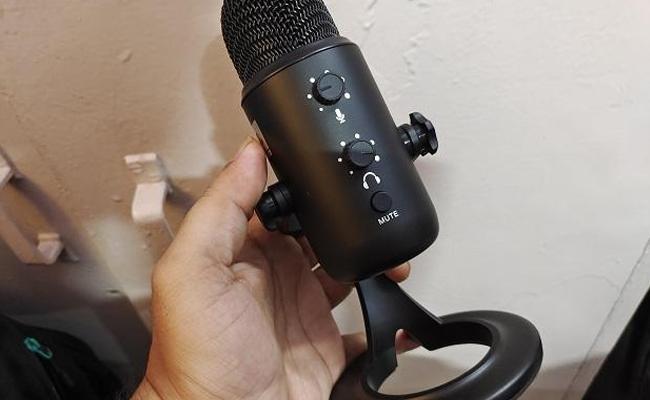 JBL CSUM10 Microphone Review - Sakshi