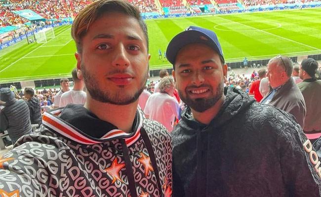 Rishab Pant Enjoy England Vs Germany Football Match Became Viral - Sakshi