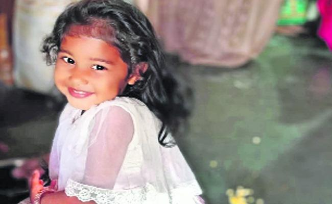 Child Suspicious Death In Visakhapatnam - Sakshi