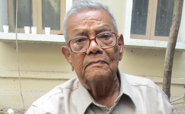 Eminent writer Kalipatnam Ramarao passed  away - Sakshi