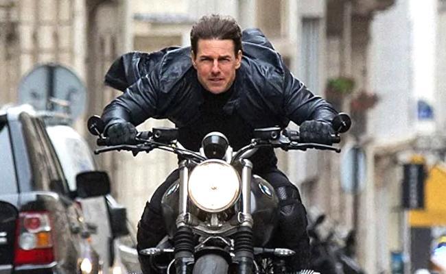 Tom Cruise Corona Rumours Amid MI7 Halt In UK - Sakshi