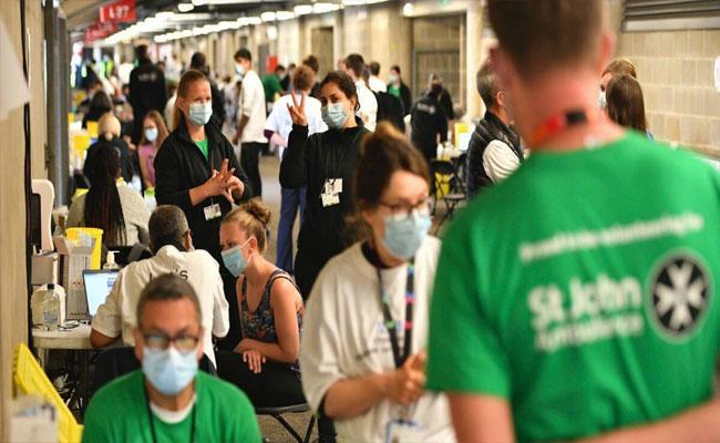 Delta Variant Dominates In UK Causes More Hospitalisation - Sakshi